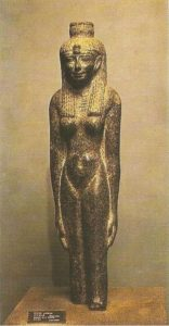 The statue of the queen. IV century BC